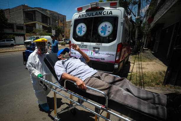 Paramedics Respond To Emergency Calls In Mexico City and Metropolitan Area Amid Coronavirus Pandemic:ニュース(壁紙.com)