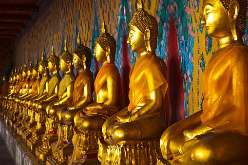 Buddha statue「The Temple of the Dawn in Bangkok」:スマホ壁紙(7)