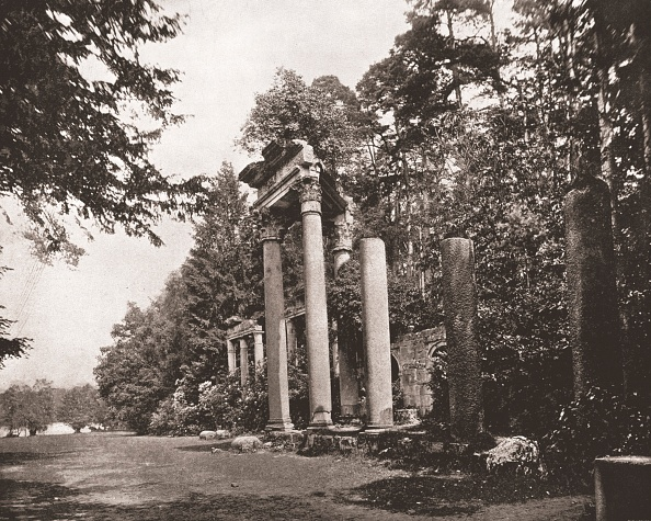 Travel Destinations「The Temple Of Augustus At Virginia Water」:写真・画像(4)[壁紙.com]
