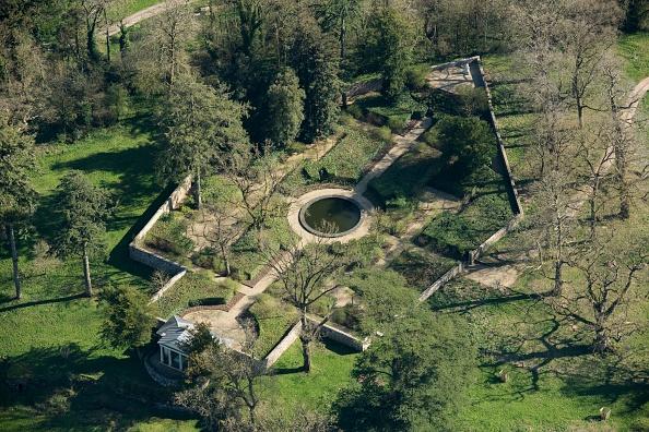 Ornamental Garden「The Temple Garden At Mells Park」:写真・画像(10)[壁紙.com]