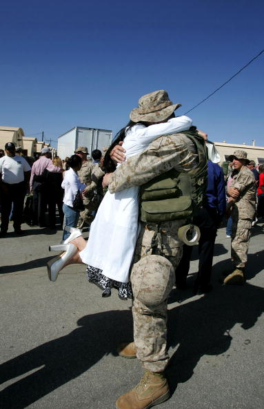 Camp Pendleton「Marines Return from Fallujah and Iraqi Elections」:写真・画像(9)[壁紙.com]