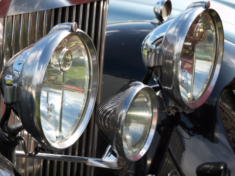 Vintage Car「Headlights on Vintage Vehicle」:スマホ壁紙(8)