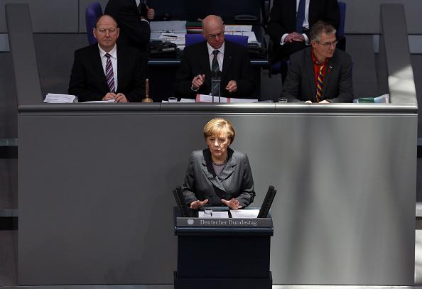 Adam Berry「Merkel Gives Government Declaration On Ukraine」:写真・画像(0)[壁紙.com]