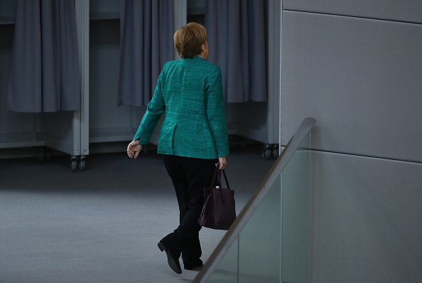 Leaving「Merkel Gives Government Declaration Ahead Of E.U. And NATO Summits」:写真・画像(18)[壁紙.com]