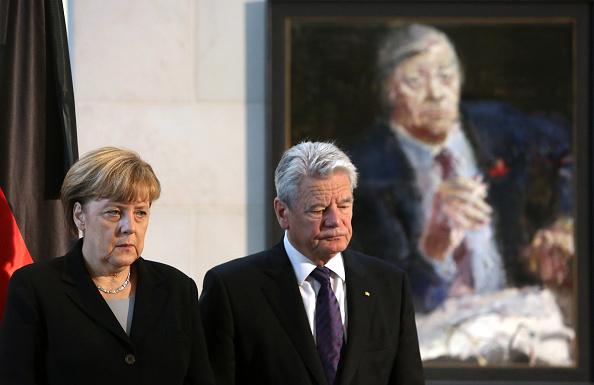 Adam Berry「Germany Mourns Helmut Schmidt」:写真・画像(1)[壁紙.com]