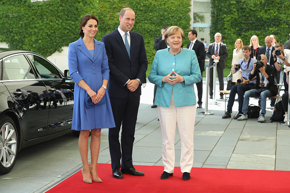 全身「The Duke And Duchess Of Cambridge Visit Germany - Day 1」:写真・画像(17)[壁紙.com]
