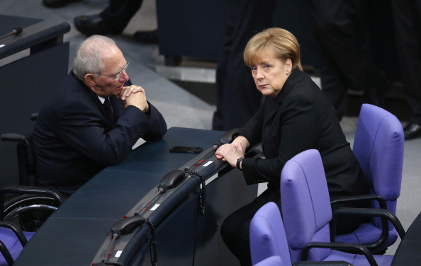 Sean Gallup「Bundestag Swears In Germany's New Coalition Government」:写真・画像(10)[壁紙.com]