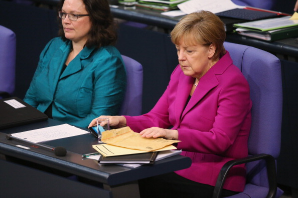 Wireless Technology「Bundestag Debates Budget As SPD Opens Dialogue To The Left」:写真・画像(4)[壁紙.com]
