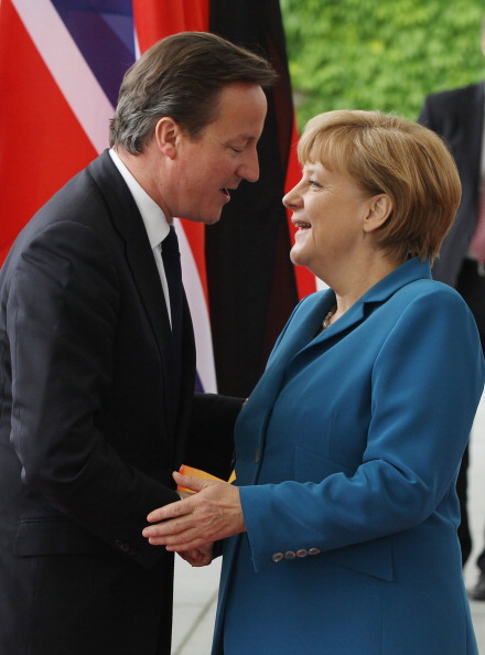 Corporate Business「Cameron, Merkel And Stoltenberg Attend Student Conference」:写真・画像(3)[壁紙.com]