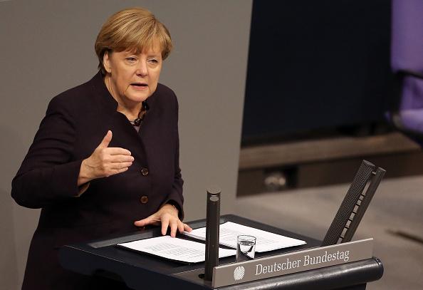 Door「Bundestag Begins Budget Debates」:写真・画像(17)[壁紙.com]