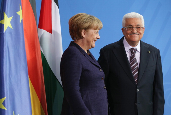 Sean Gallup「Abbas Meets With Merkel」:写真・画像(0)[壁紙.com]