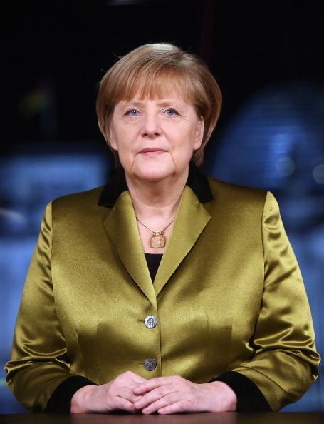 アンゲラ・メルケル「Chancellor Angela Merkel Holds New Year's Address」:写真・画像(12)[壁紙.com]