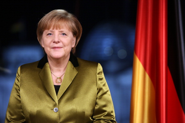 New Year「Chancellor Angela Merkel Holds New Year's Address」:写真・画像(12)[壁紙.com]