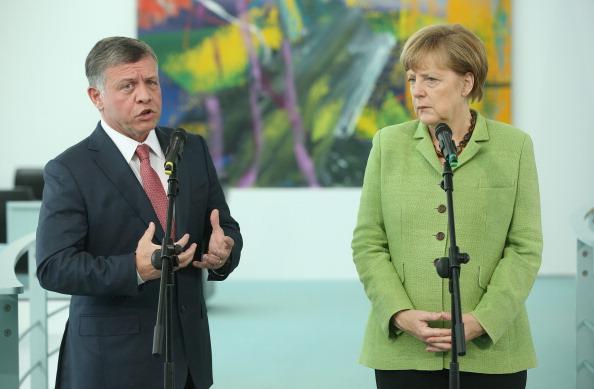 King Abdullah II of Jordan「King Abdullah II Of Jordan Meets With Merkel」:写真・画像(7)[壁紙.com]