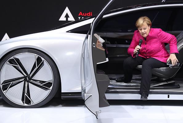 乗り物・交通「Frankfurt Auto Show 2017」:写真・画像(8)[壁紙.com]