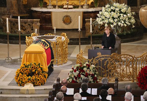 Politics and Government「Helmut Schmidt State Funeral」:写真・画像(13)[壁紙.com]