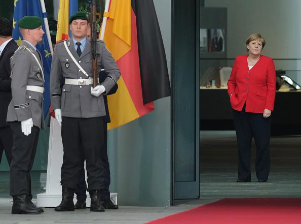 Politics「Moldovan Prime Minister Sandu Meets With Angela Merkel」:写真・画像(19)[壁紙.com]
