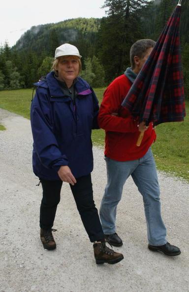 Alto Adige - Italy「Angela Merkel On Vacation In Northern Italy」:写真・画像(17)[壁紙.com]
