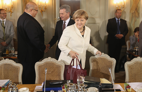 Chancellor of Germany「Government Holds Cabinet Retreat」:写真・画像(10)[壁紙.com]