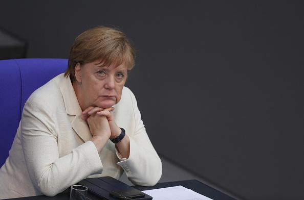 アンゲラ・メルケル「Merkel Gives Bundestag Declaration On Brexit」:写真・画像(17)[壁紙.com]