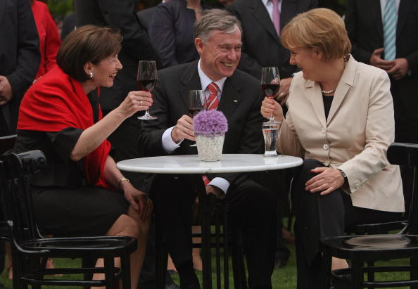Drinking Glass「German President Koehler Hosts Summer Reception」:写真・画像(3)[壁紙.com]