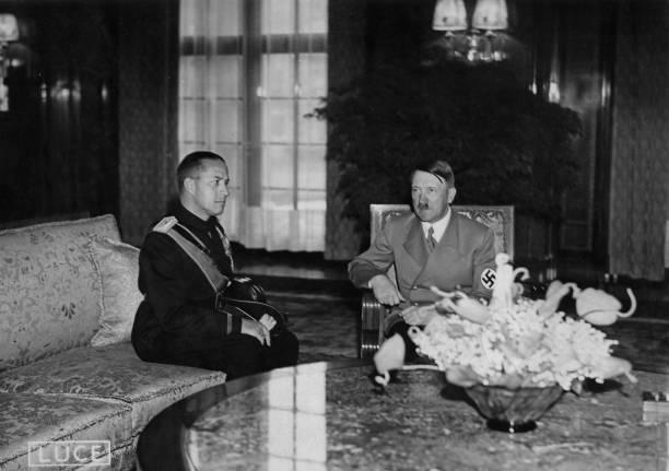 大人のみ「Hitler And Ciano」:写真・画像(11)[壁紙.com]
