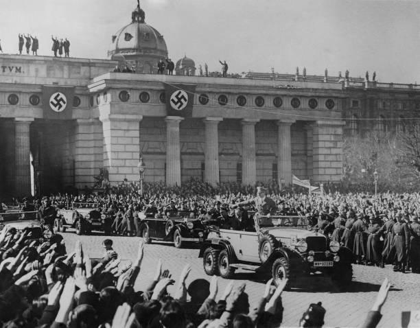 Adolf Hitler In Vienna:ニュース(壁紙.com)