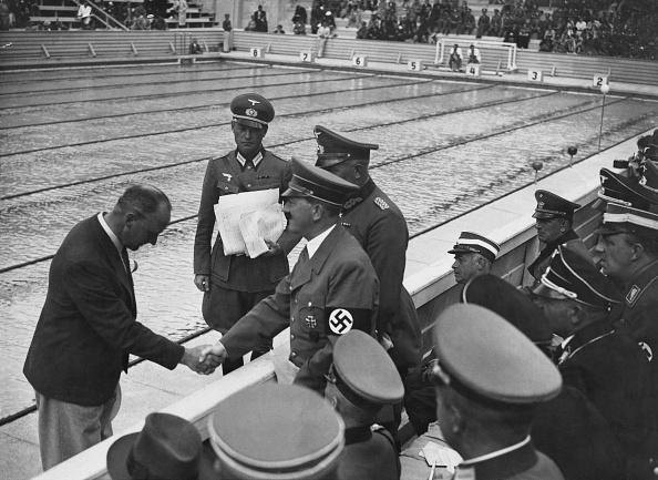 Chancellor of Germany「Adolf Hitler At The Olympics」:写真・画像(3)[壁紙.com]