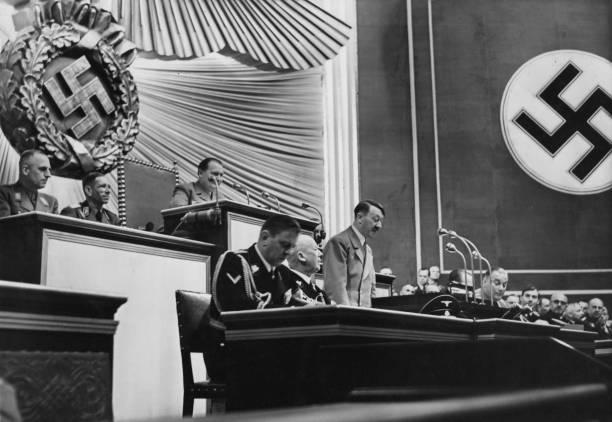 Speech「Hitler At The Reichstag」:写真・画像(10)[壁紙.com]