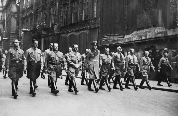 大人のみ「Beer Hall Putsch Commemoration」:写真・画像(8)[壁紙.com]