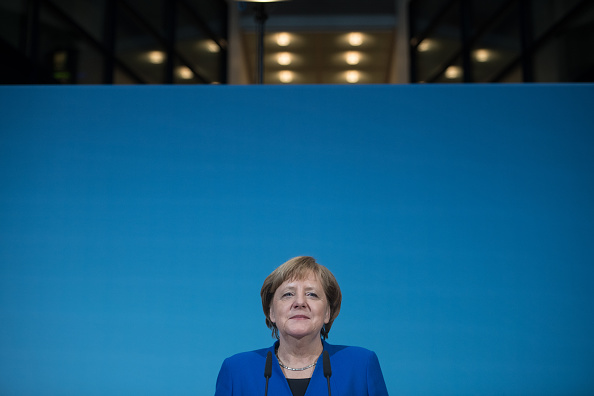 Steffi Loos「SPD, CDU And CSU Meet To Conclude Preliminary Coalition Talks」:写真・画像(17)[壁紙.com]