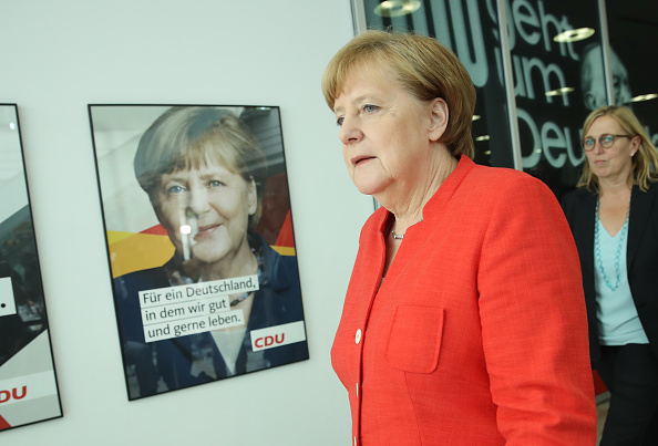 Christian Democratic Union「Merkel Holds Press Conference Over Migrants Policy Disagreement」:写真・画像(8)[壁紙.com]