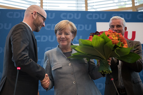 flower「German Elections: The Day After」:写真・画像(0)[壁紙.com]