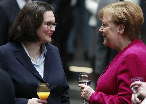 Christian Democratic Union「CDU, SPD and CSU Sign Coalition Contract To Form The Next German Government」:写真・画像(18)[壁紙.com]