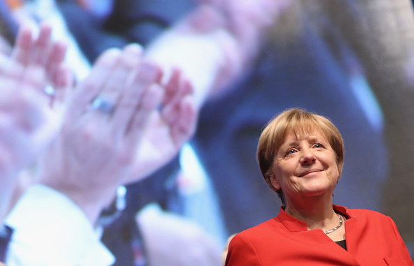 Gesturing「Christian Democrats (CDU) Hold Federal Convention」:写真・画像(12)[壁紙.com]