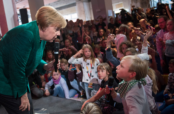 Press Room「Merkel Holds Children's Press Conference At CDU Election Program House」:写真・画像(12)[壁紙.com]