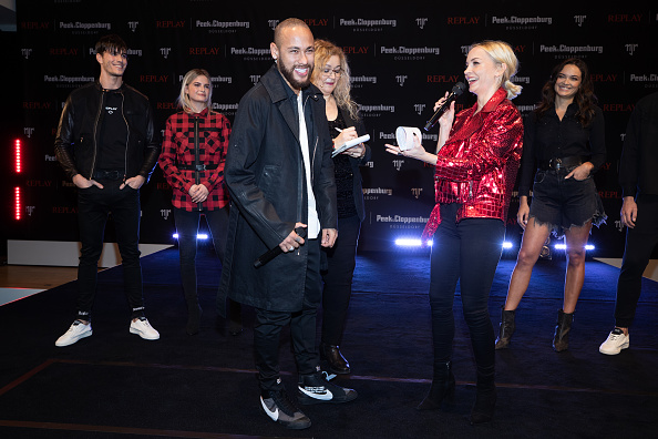ネイマール「Capsule Collection Neymar Jr. X Replay At Weltstadthaus Duesseldorf」:写真・画像(14)[壁紙.com]