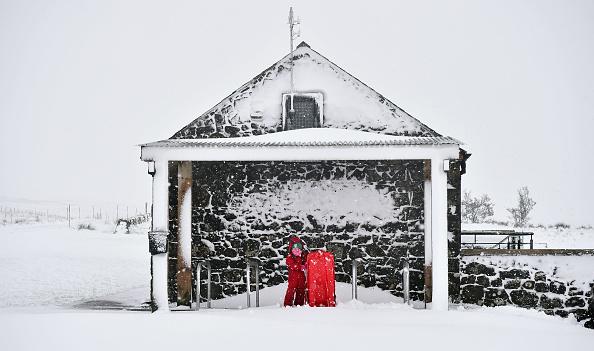 雪「Storm Fionn Brings Chaos To The UK」:写真・画像(13)[壁紙.com]
