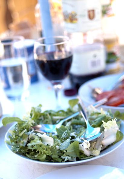 Salad「Al Fresco Dining In France」:写真・画像(10)[壁紙.com]