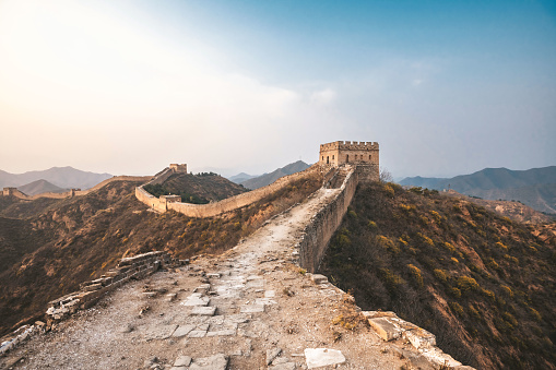 2018「wide panoramic view on great wall at sunset」:スマホ壁紙(16)
