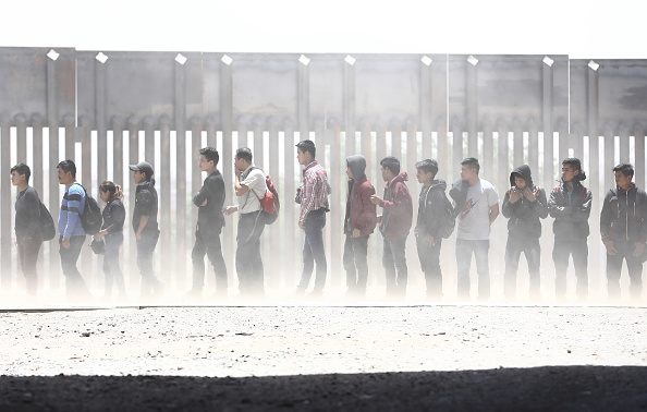 Mexico「Swelling Numbers Of Migrants Overwhelm Southern Border Crossings」:写真・画像(14)[壁紙.com]