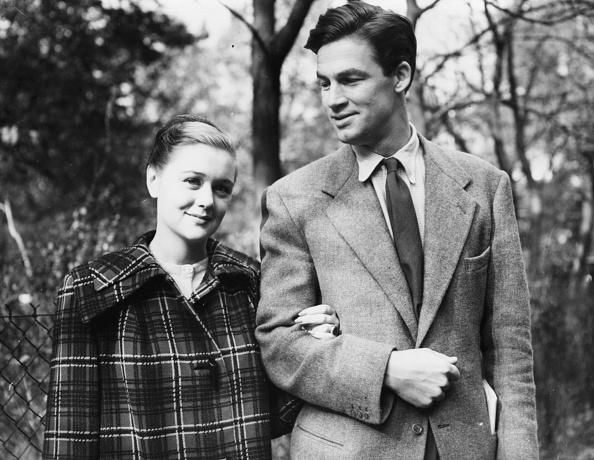 歩く「Patricia Raine And Bill Travers」:写真・画像(19)[壁紙.com]