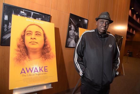 """Bill Duke「Premiere Of Counterpoint Films' """"Awake - The Life Of Yogananda"""" - Red Carpet」:写真・画像(12)[壁紙.com]"""