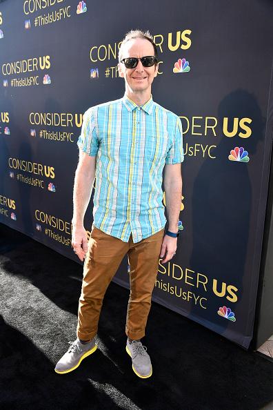 カメラ目線「FYC Panel Event For 20th Century Fox And NBC's 'This Is Us' - Arrivals」:写真・画像(6)[壁紙.com]