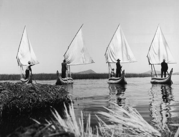 Bolivian Andes「Reed Boats」:写真・画像(7)[壁紙.com]
