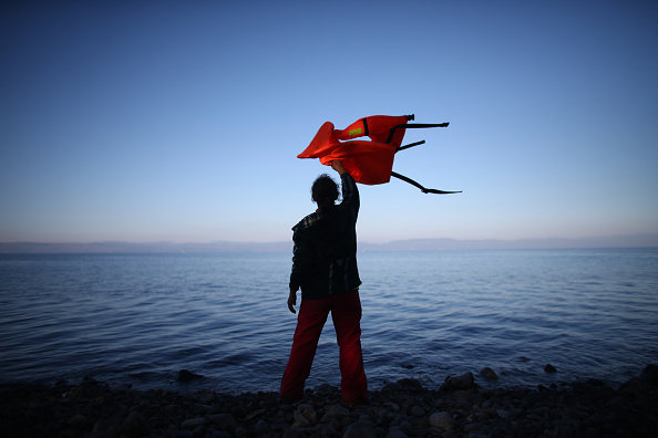 Refugee「Migrants On Greece's Lesbos Island」:写真・画像(6)[壁紙.com]