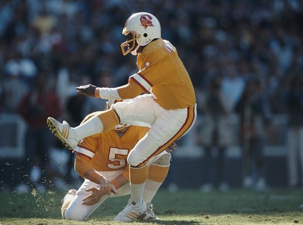 RFK Stadium「Tampa Bay Buccaneers vs Washington Redskins」:写真・画像(14)[壁紙.com]