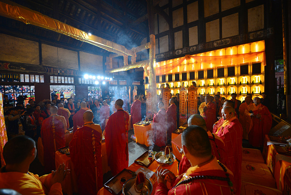 "Baoding「Chongqing Holds Consecration Ceremony For ""Thousand-Hand Kwan-yin"" Statue」:写真・画像(18)[壁紙.com]"
