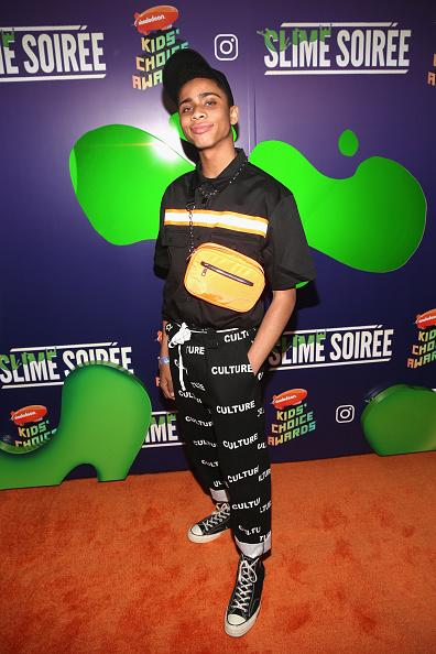 オレンジ色「2019 Nickelodeon Kids' Choice Awards Slime Soiree」:写真・画像(2)[壁紙.com]