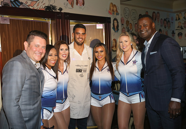 Marcus Mariota「17th Annual Waiting for Wishes Celebrity Dinner」:写真・画像(2)[壁紙.com]